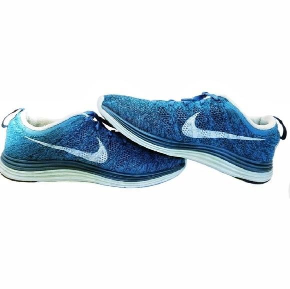 7c6b53f0a8d6 NIKE Flyknit Lunar 1 Women s Running Shoes. M 5be74f410cb5aa8761f0d614